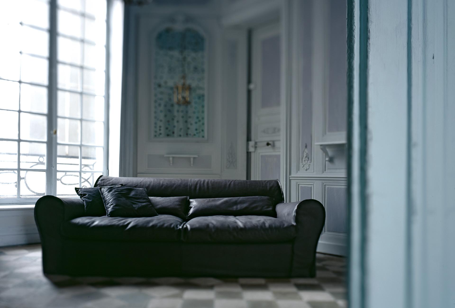 DIVANO IN PELLE HOUSSE | Baxter